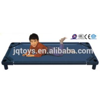 2016 item novo barato cama de plástico para crianças