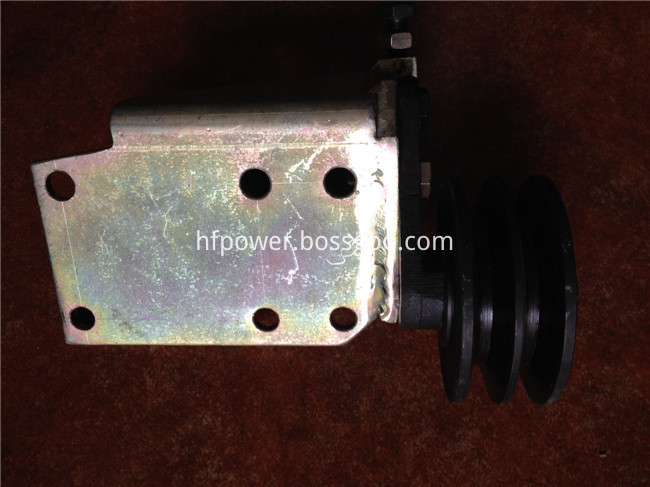 DEUTZ 413 belt tensioner pulley (3)