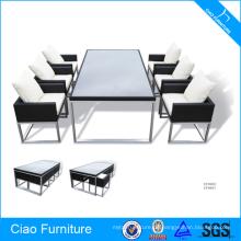 Möbel-Restaurant-Speisetisch und Stühle des Rattan-Aluminiumim freien im Freien
