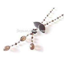 Collier de chaîne de pierres précieuses en cristal noir style froid Collier de fleurs noires