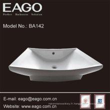 Lavabo de salle de bain en céramique