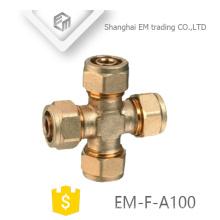 EM-F-A100 Latão macho rosca igual em forma de cruz encaixe de tubulação de compressão