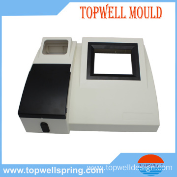 Medical device for Blood analyser with plastic part and mold