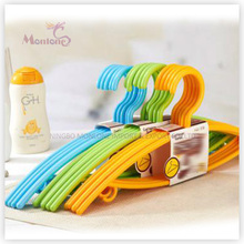 PP Plastic High Quality Clothes Hanger Set of 5 (42*19.5cm)