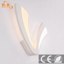 Luz fixada na parede do diodo emissor de luz da lâmpada decorativa de poupança de energia contemporânea