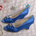 Peep Toe Pernikahan Wedge Heel Navy Satin Shoes