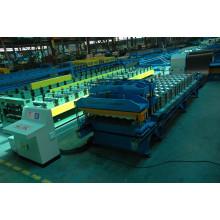 Máquina formadora de azulejos com sistema de pressão dupla