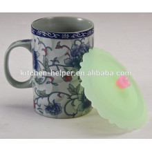 Smart new design silicone tea cup lids