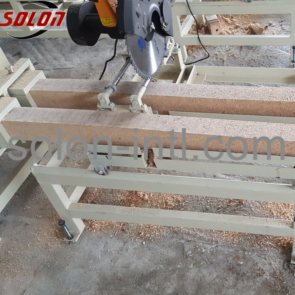 Timber pallet log cutter for wood block pallet