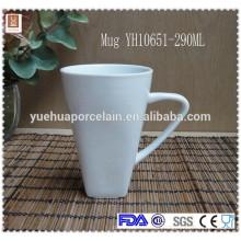 China vajilla fabricantes V forma taza de encargo taza de cerámica