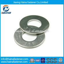 Em estoque Fornecedor chinês Melhor Preço DIN 125 Aço Carbono / Aço Inoxidável Zinco Plated Flat Washer