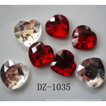 China Wholesale Best Price Strict Quality Control Light Siam Machine Cut Heart Glass Stone