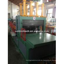 Máquina formadora de aletas onduladas para la fabricación de tanques corrugadores transformadores