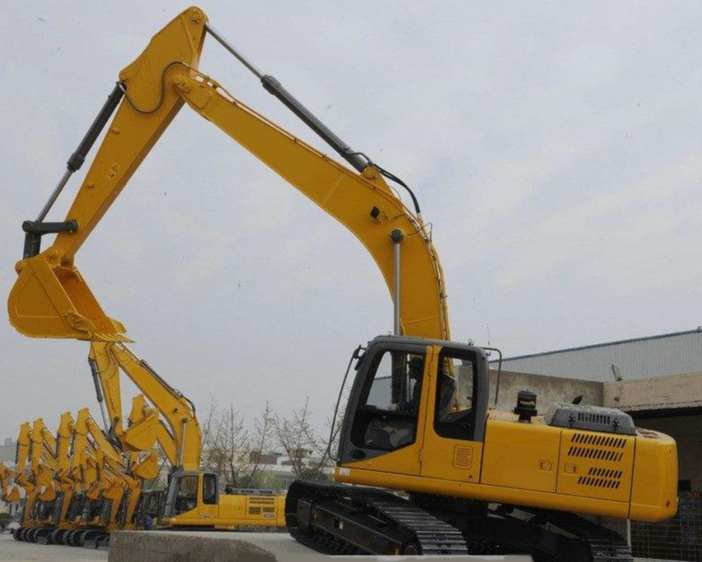 Crawler Excavator With Rock Breaker