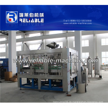 Máquina de engarrafamento de vidro de bebida carbonatada automática cheia