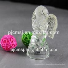 ange de cristal avec lumière led