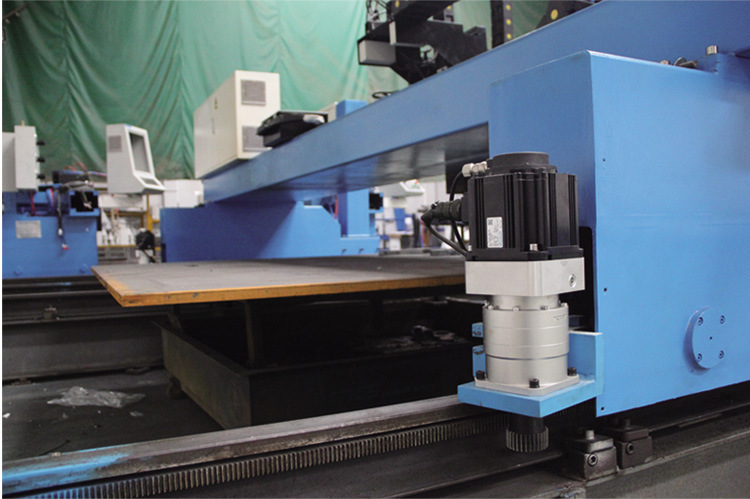 orbital plasma cutting machine