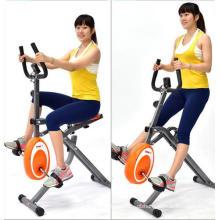 Ciclista e bicicleta ergométrica bicicleta magnética de cavalo 2 em 1