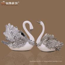 Des figurines de cygne de haute qualité avec un matériau polyresin pour décoration intérieure