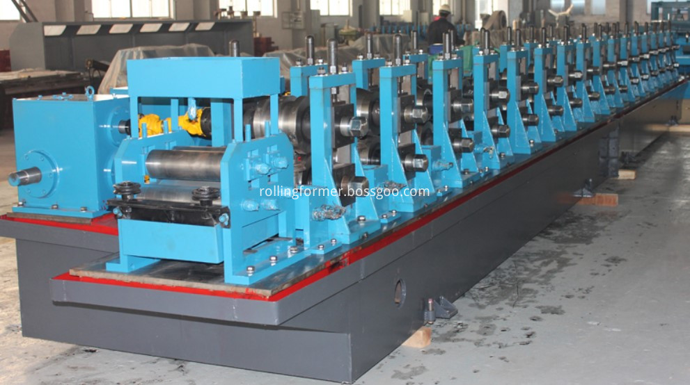 Elevator hollow guide rail roll forming machine (1)
