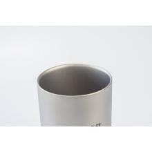 Tazas de agua de doble pared de titanio puro