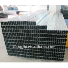 Goujon et rails en métal galvanisé
