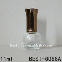 botella vacía de esmalte de uñas de vidrio