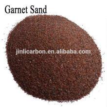 Grenat Almandite / Sable grenat