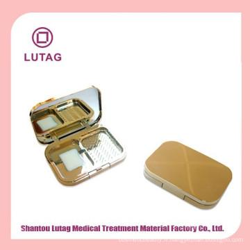 Maquillage de mode en plastique appuyé sur le cas de la poudre