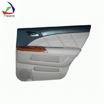 Нестандартное литье пластмасс под вакуумом, формирующее внутренние названия автомобилей