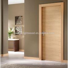 Diseño de puerta rasante de chapa maciza para habitación