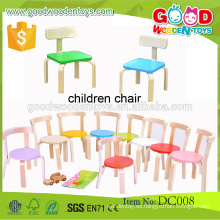 De alta calidad de color caramelo sillas de madera para niños preescolares