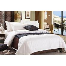 Conjunto de cama de diseño de hotel de alta calidad, colcha de edredón de cama 4pc / colcha / almohada / toalla de baño