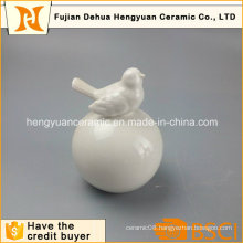 Garden Decoration White Ceramic Bird with Big Ball