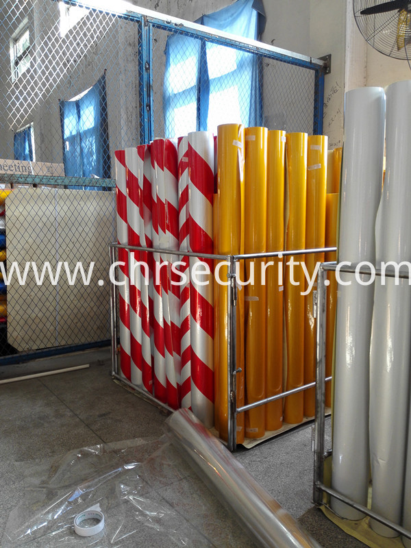 Commercial acrylic type of reflective sheeting type