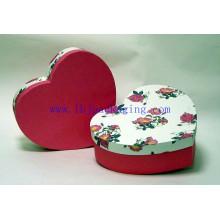 Regalo de lujo de la forma del corazón empaquetando la caja del chocolate para el día de tarjeta del día de San Valentín