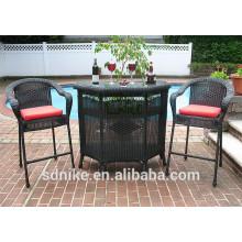 Nagelstab Möbel Stab Tisch und Stühle gesetzt