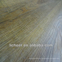 VINTAGE OAK LAMINATE FLOOR