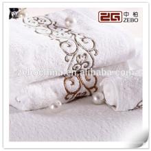 2015 Personalisierte Stickerei Logo Ägyptische Baumwolle weiche beste Luxus Handtücher