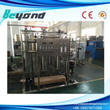Dispositivo de tratamento de água pura com sistema de RO