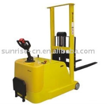 Elektrischer Gegengewichtsstapler WSR-7516
