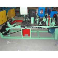 Высокая эффективность изготовления колючей проволоки станок используется в национальной обороны животноводства