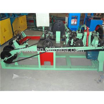 Alta eficiencia de fabricante de máquina de alambre de púas utilizado en la cría de animales de defensa nacional
