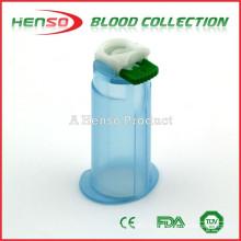 Прозрачный или голубой держатель иглы для крови