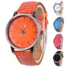 Popular Women Leather Wrist Quartz  Watches