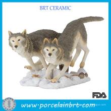 Estatueta de animal de resina de lobo selvagem