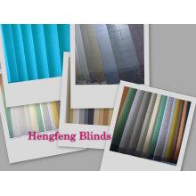 Práctica cortinas verticales de tela hecha a mano