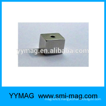 Cube Sintering Neodymium Magnet/NdFeB Bar with hole