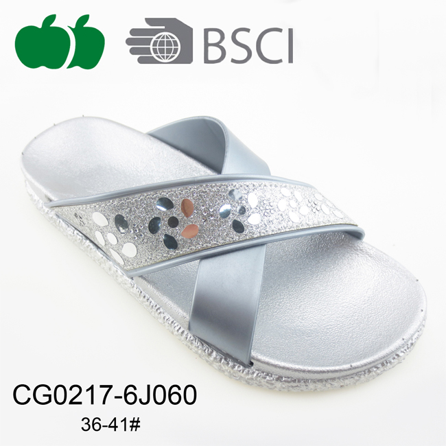 Lady New Fashion Comfortable Summer Outdoor Slippers