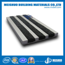 Anti-Slip Aluminum Stair Nosing with Carborundum Inserted in